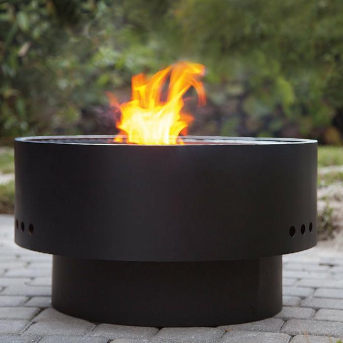 Feuerschale-mit-Grill-schwarz-und-stabil