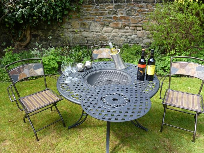tisch mit grill dekoration bild idee. Black Bedroom Furniture Sets. Home Design Ideas