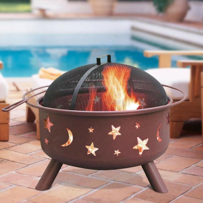 Feuerschale-mit-Grill-und-sternchen-design