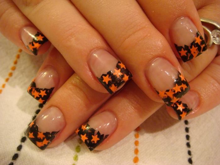 Halloween-Ideen-für-Maniküre-orange-sternchen