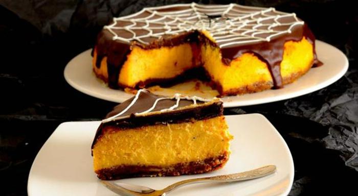 Halloween-Süßigkeiten-löffel-schokolade-creme