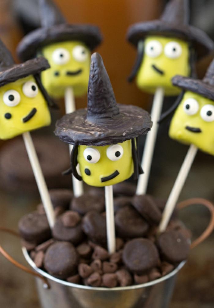 Halloween-Süßigkeiten-schwarz-schokolade-grüne-zucker