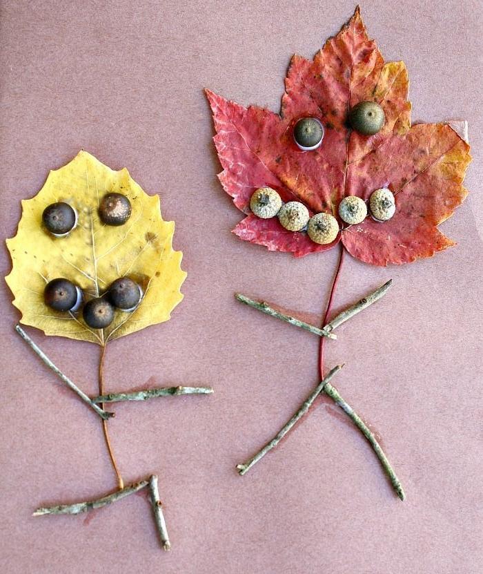 Herbstbasteln-mit-Kindern-blätter-gesichten-holz-beinen