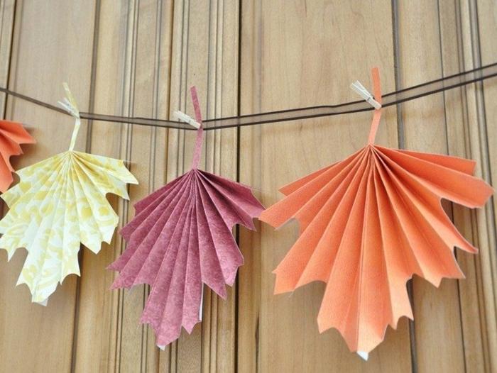 Herbstbasteln-mit-Kindern-papier-bunt