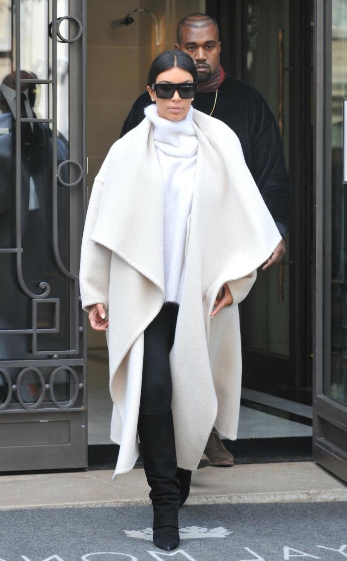 Kim-Kardashian-Kanye-West-weißer-Mantel-elegant-extravagant