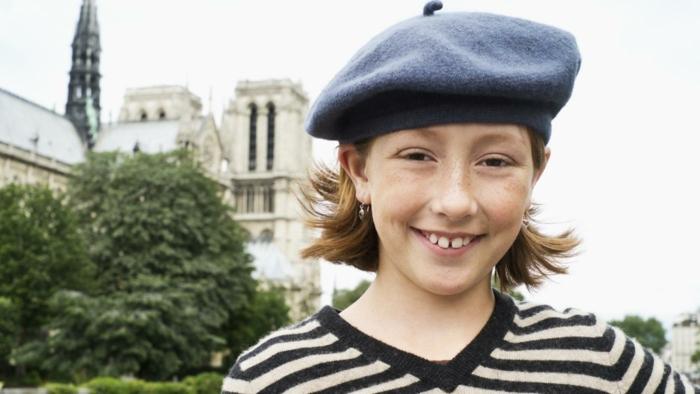 Kind-Mädchen-französische-Mütze-blau-klassisches-Modell-bequem-schick