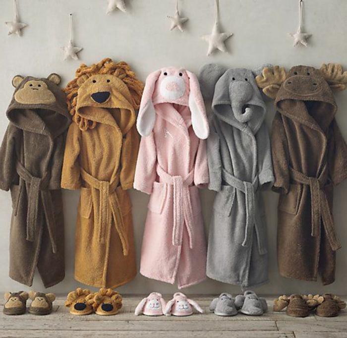 Kinder-Roben-Hausschuhe-verschiedene-Farben