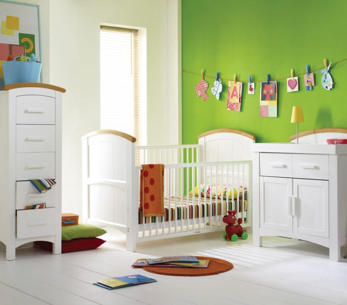 babyzimmer deko gr n. Black Bedroom Furniture Sets. Home Design Ideas