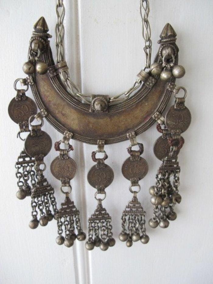 Metall-Kette-boho-stil-Wanddeko-universal-kreative-Idee