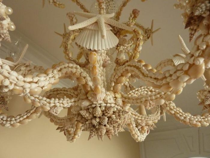 Muscheln-Deko-Seesterne-Kronleuchter-großartig-kreativ-innovativ
