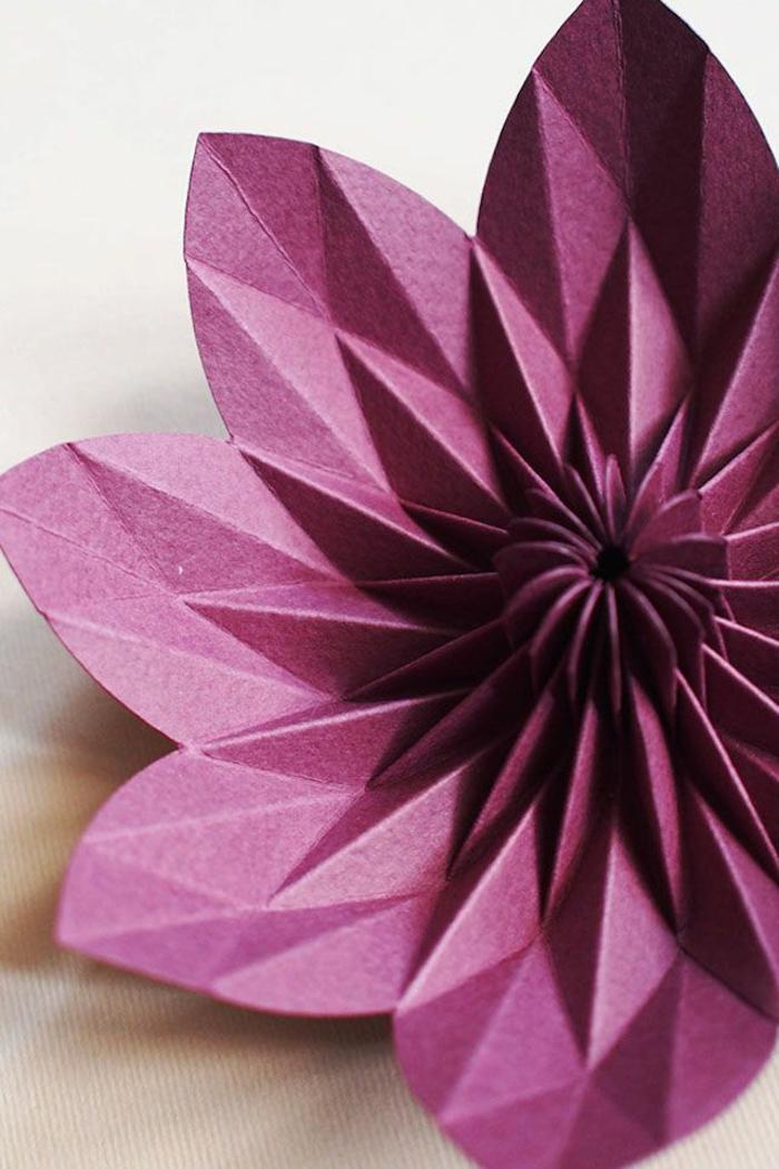 Papierblume-Zyklamen-Farbe-origami-handgemacht