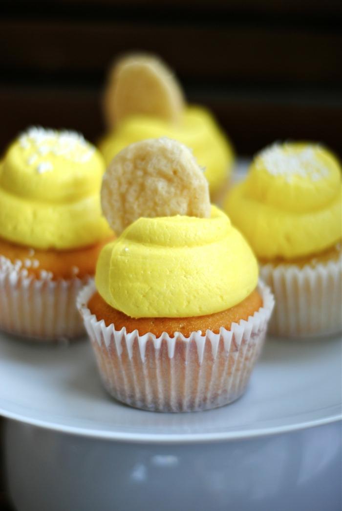 Party-Cupcakes-Vanille-Zitronencreme