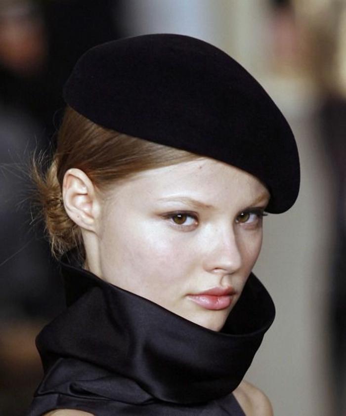 Revue-Barett-Mütze-schwarz-französischer-Schick-Eleganz
