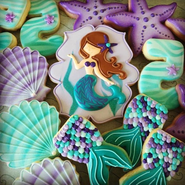 Süßigkeiten-Cookies-bunt-lecker-beeindruckend-Meerjungfrau-Muscheln-Aqua-Nuancen