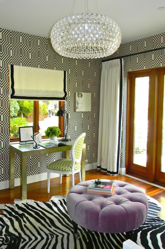 Tapeten Kombinieren Schlafzimmer : Schlafzimmer-eklaktisches-Interieur-moderne-extravagante-Tapeten