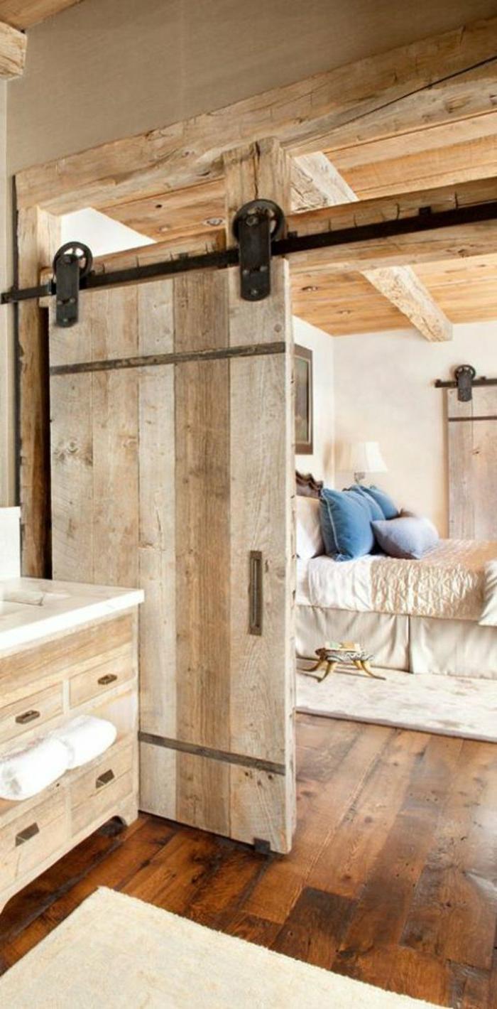 Schlafzimmer-rustikaler-Einrichtungsstil-hölzerne-Tür-Massivholz-Kommode