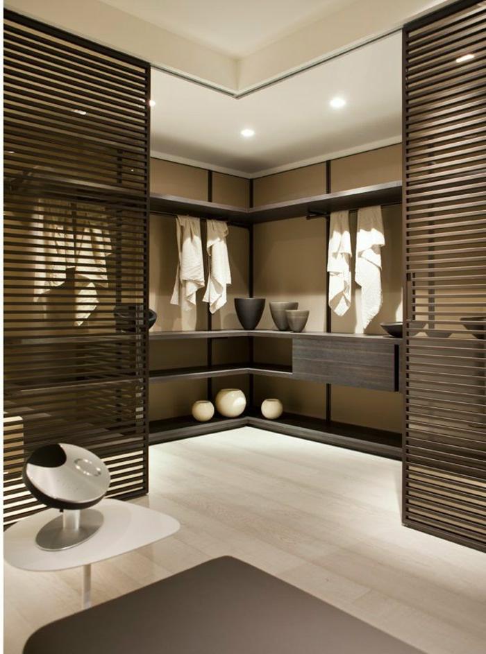 Spa-Raum-relaxierend-weiche-Farbschemen-Leisten-Türen