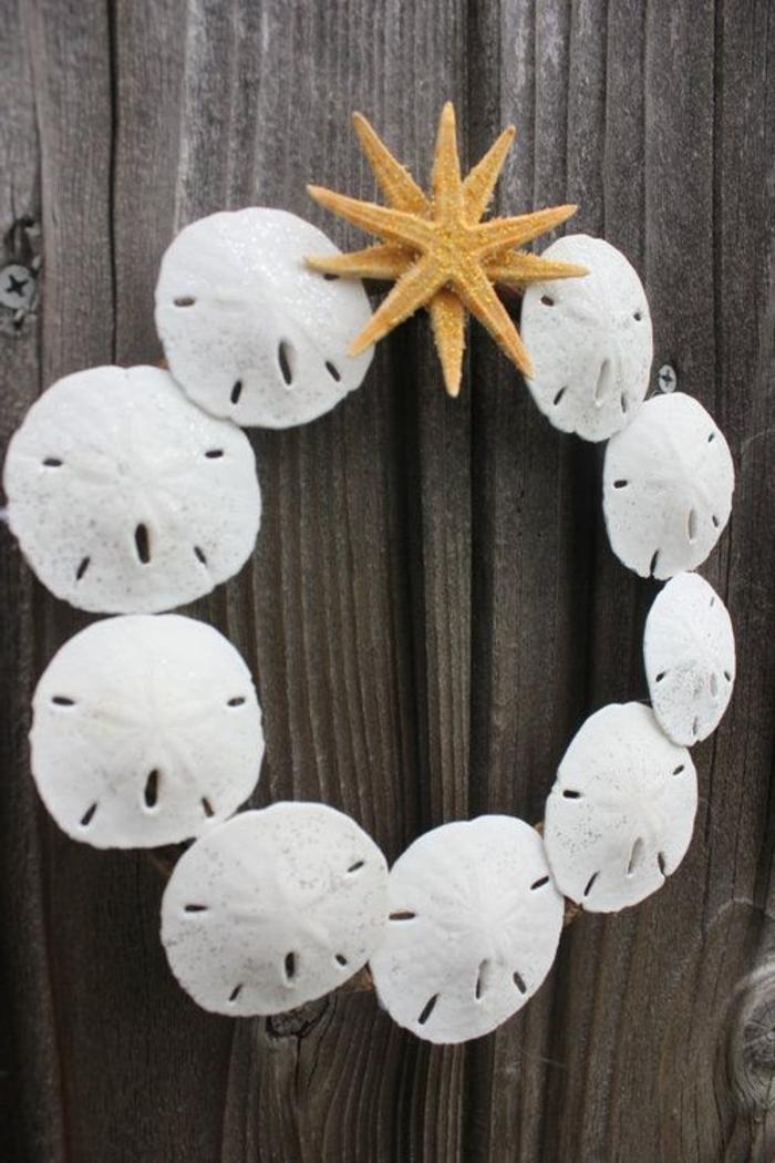 Tür-Dekoration-Muscheln-dekorative-Seesterne