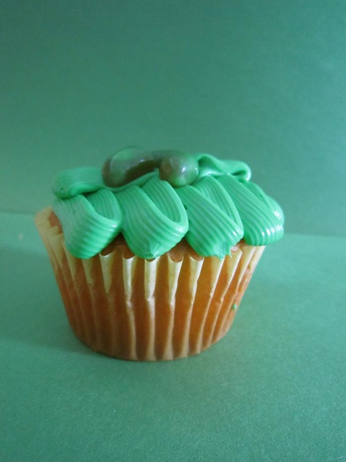 Vanilla-Cupcake-Buttercreme-Frosting-grün