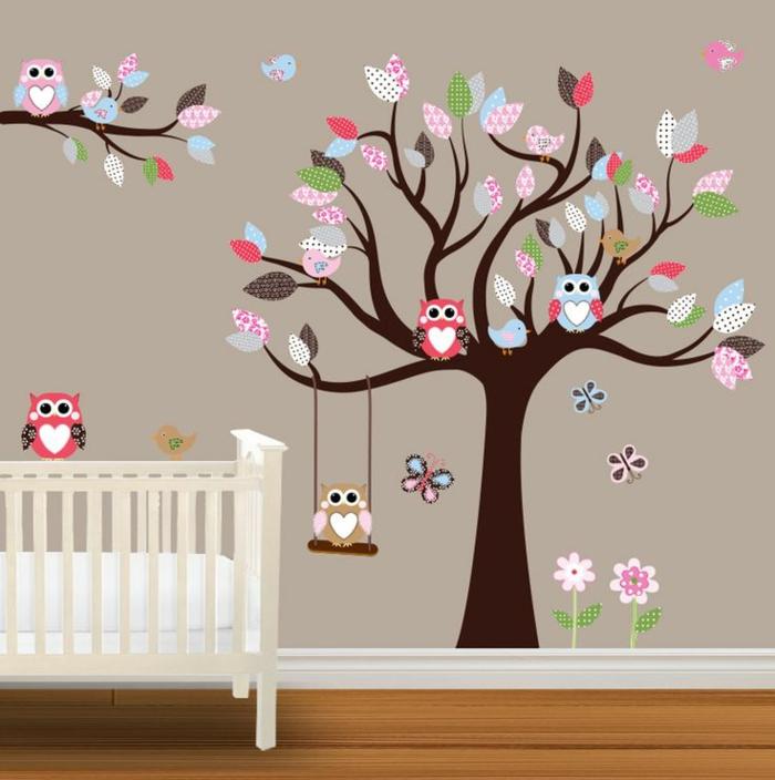 Wandtattoos-für-kinderzimmer-Eulen-Baum