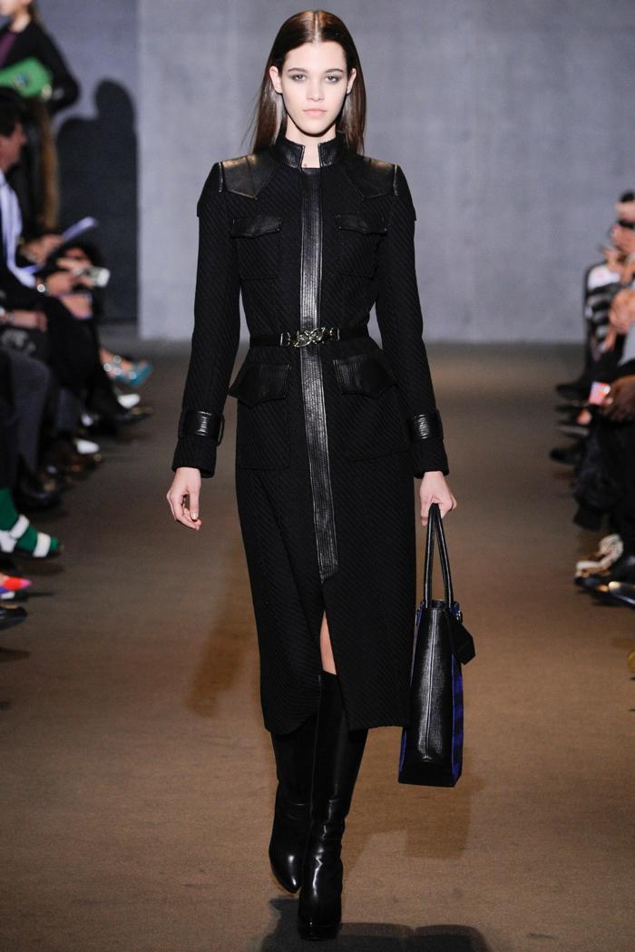 Wintermantel-Damen-schwarz-langes-Modell-Lederelemente