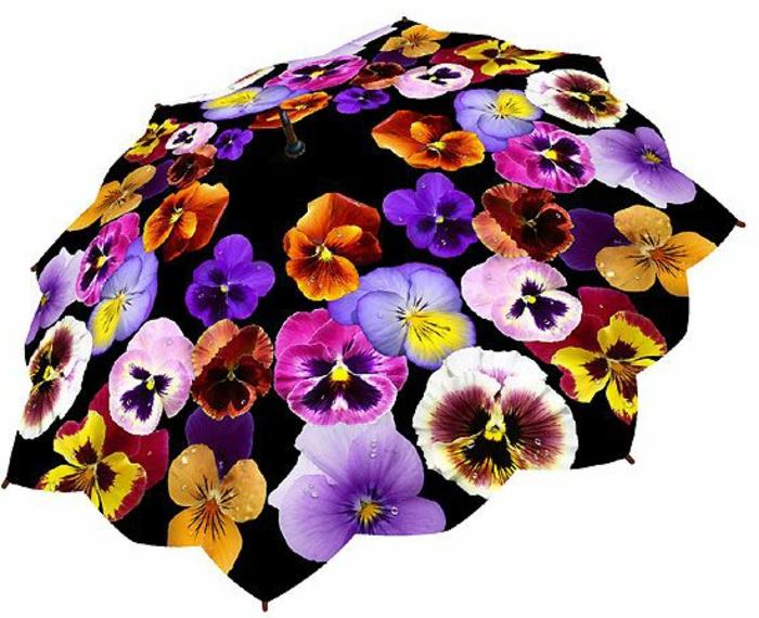 ausgefallene-regenschirme-wunderschöne-blumenmotive