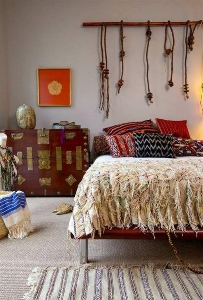 böhmische-Dekoration-Schlafzimmer-Gestaltung-hängende-Wanddekoration