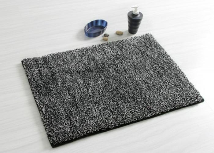die baumwolle badematte ist eine praktische l sung f rs bad. Black Bedroom Furniture Sets. Home Design Ideas