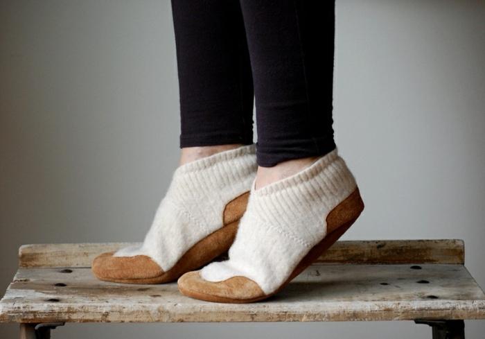 bequemes-Modell-Damen-Hausschuhe-beige-braun-Wolle-Samt-handgemacht
