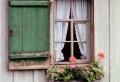 Die Fensterläden – die romantische Bekleidung der Fenster