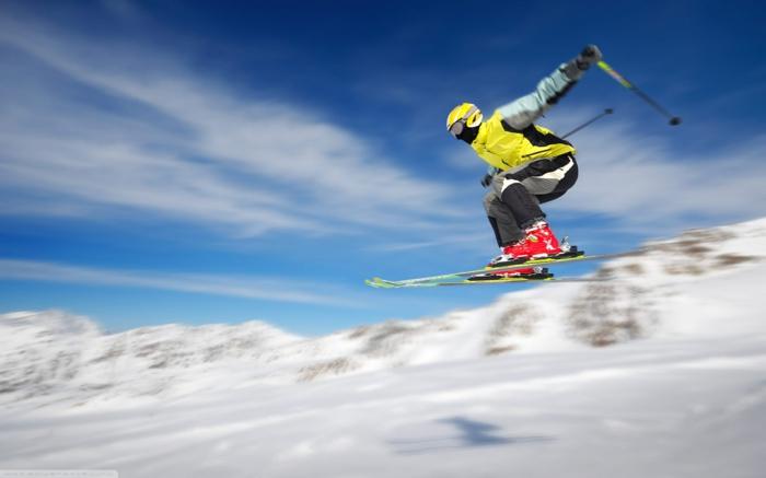 bilder-von-skifahren-wunderschöner-himmel