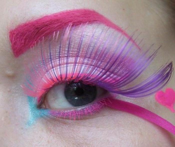 bunte-wimpern-rosige-farbe-sehr-schön