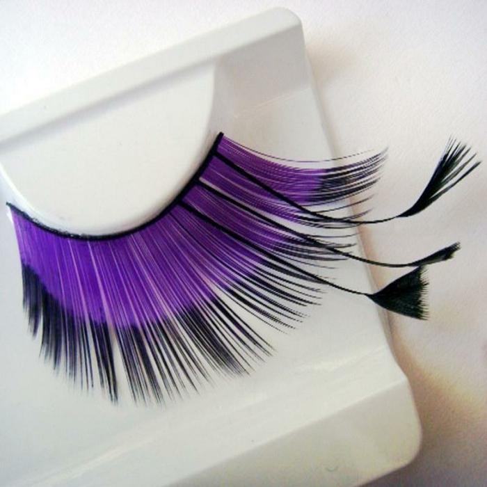 bunte-wimpern-schöne-lila-farbe