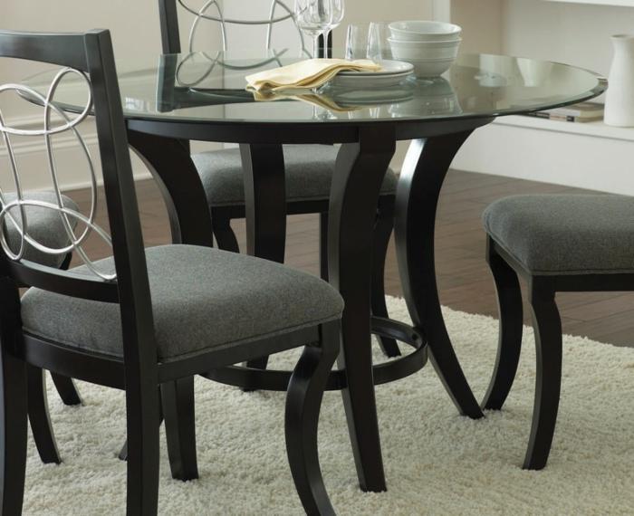 coole-Möbel-graue-Stühle-gläserner-Esstisch-rund