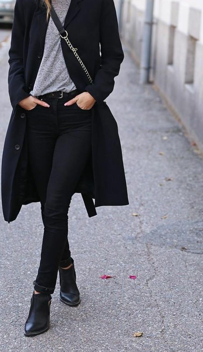 cooles-Modell-Mantel-Damen-schwarz