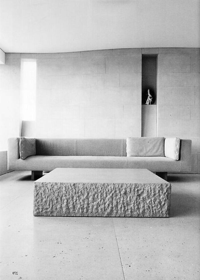 couchtisch-aus-beton-graues-modell