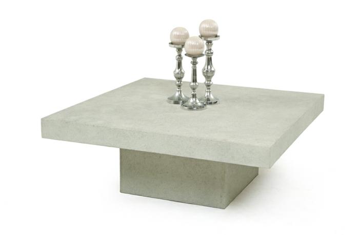 couchtisch-aus-beton-schöner-weißer-hintergrund