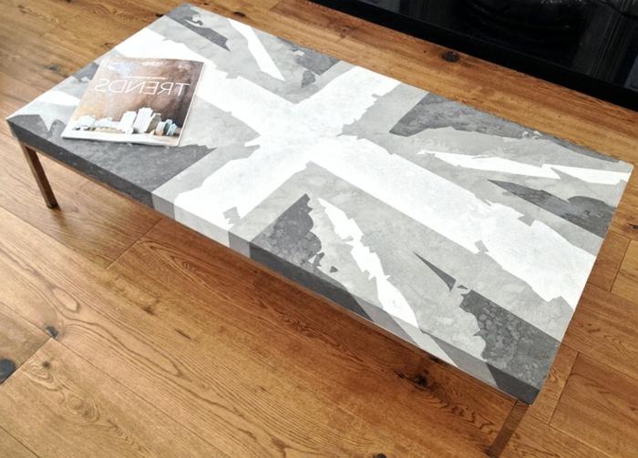couchtisch-aus-beton-wie-eine-fahne-aussehen