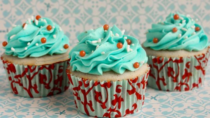 cupcakes-schöne-Dekoration-Creme-Minze-Farbe
