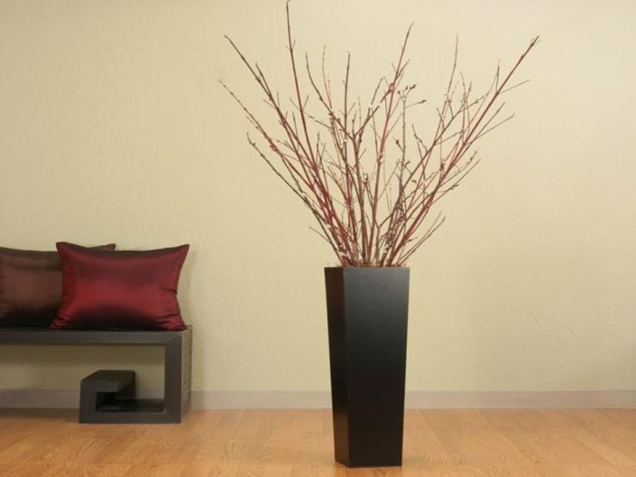 deko- vasen-schwarzes-modell