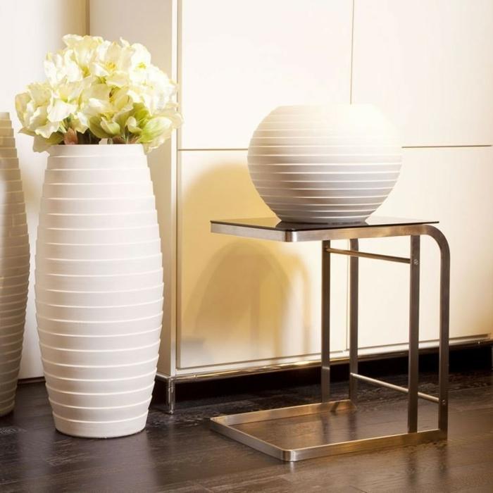 deko- vasen-weiße-gestaltung