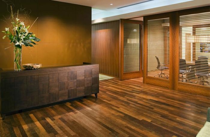 dielenböden-aus-echtholz-modernes-interieur