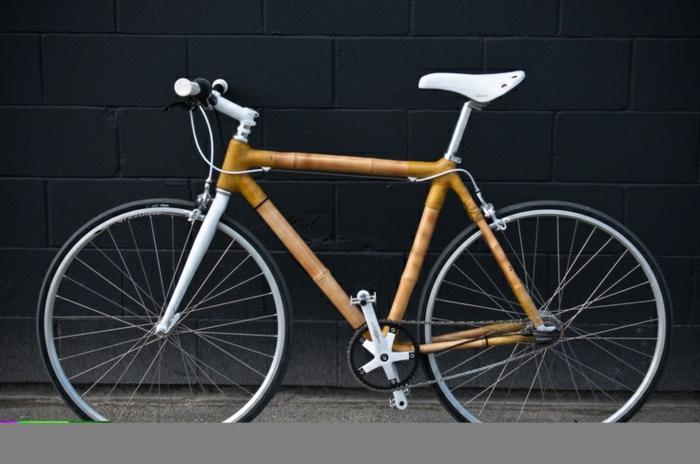 ecofreundliches-Modell-Fahrrad-Bambus-Rahmen-schick-innovativ