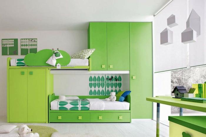 frische-grüne-Kinderzimmer-Gestaltung-viele-Schränke-Schubladen-Bett-einzigartiges-Design