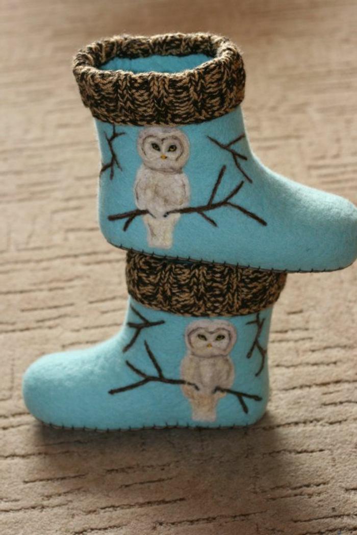 gefilzte-Hausschuhe-Socken-Wolle-lustiges-Muster