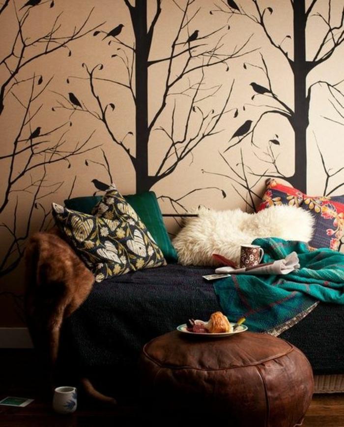gemütliches-Zimmer-Tapeten-Waldmotive-modern-trendig