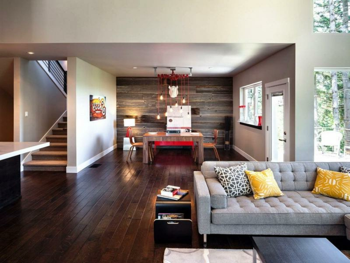 gemütliches-wohnzimmer-graues-modell-vom-sofa