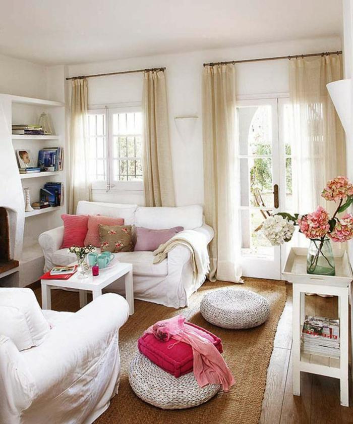gemütliches-wohnzimmer-moderne-weiße-möbel