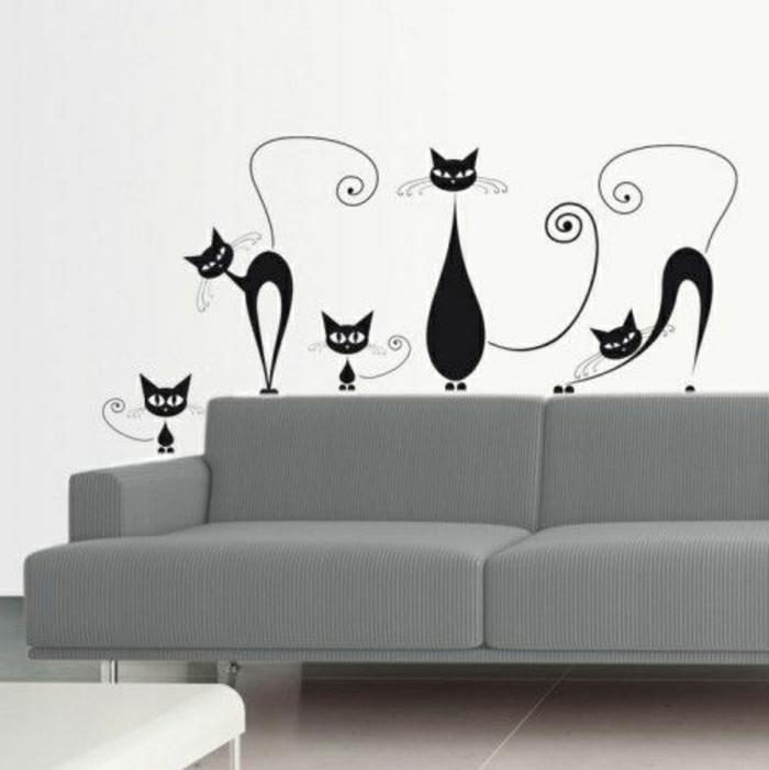 graues-Sofa-coole-Wandtatttoos-Katzen