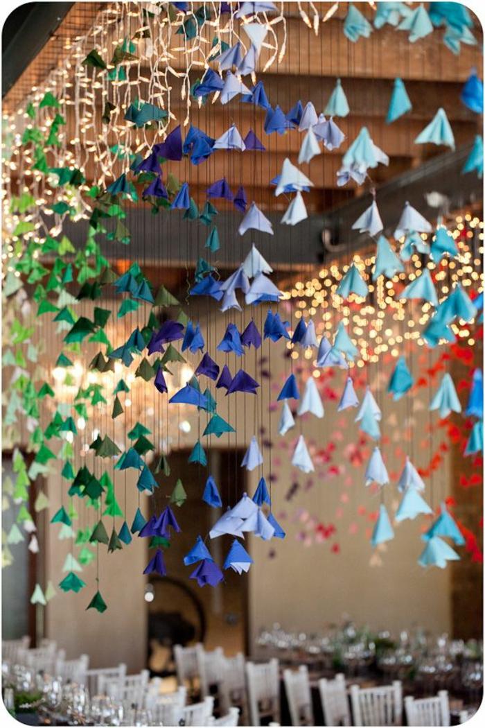 hängende-Girlanden-Papierblumen-Origami-Kunst-Hochzeit-Tischdekoration